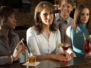 woman-at-bar-annoyed